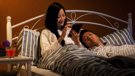 內建閱讀燈,降低藍光刺激,夜讀更舒適